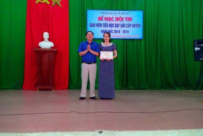Bế mạc Hội thi Giáo viên Tiểu học dạy giỏi cấp huyện năm học 2018-2019