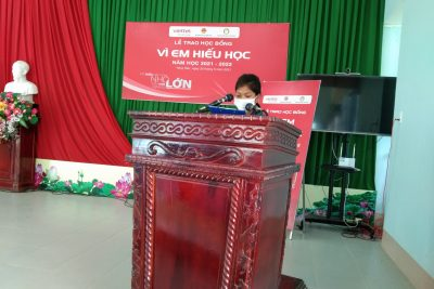 """Viettel Đắk Lắk trao học bổng """"Vì em hiếu học"""" lần thứ 8 tại huyện Krông Bông"""