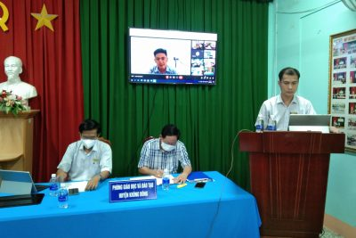 Phòng Giáo dục và Đào tạo huyện Krông Bông tổ chức họp trực tuyến bàn về công tác chuẩn bị cho năm học mới 2021-2022